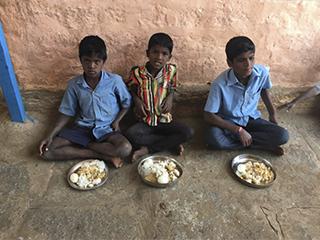 Alimentación en Kanganahalli